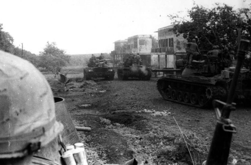 11_acr_in_cambodia_snoul_1970.jpg