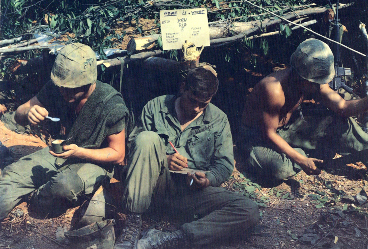 1968_marines_shelter_op_worth.jpg
