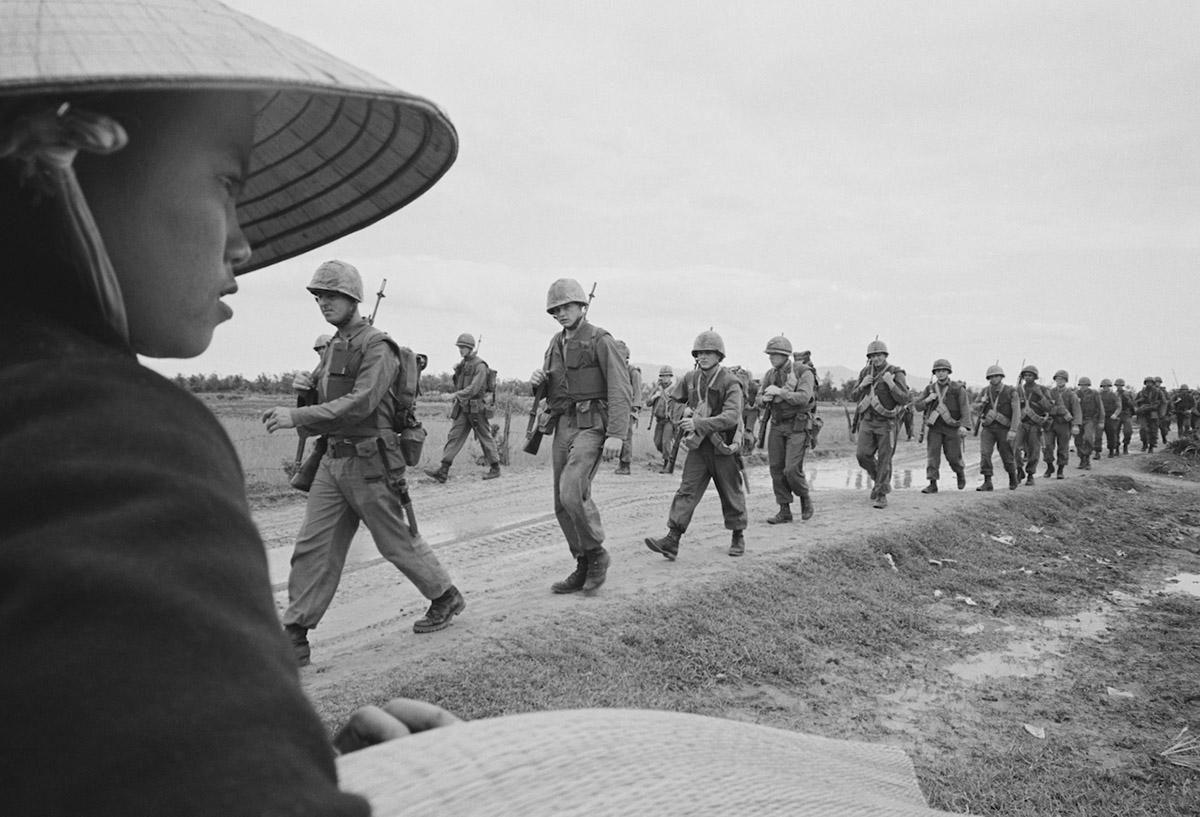 marines_arriving_in_vietnam.jpg