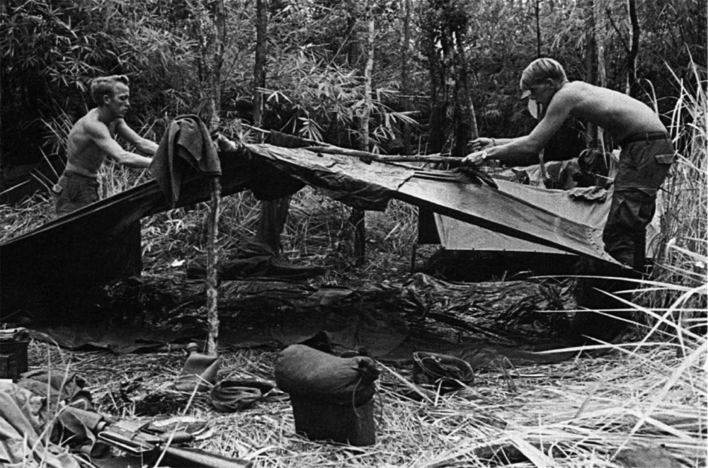 1st_cav_troopers_w_poncho_shelter.jpg