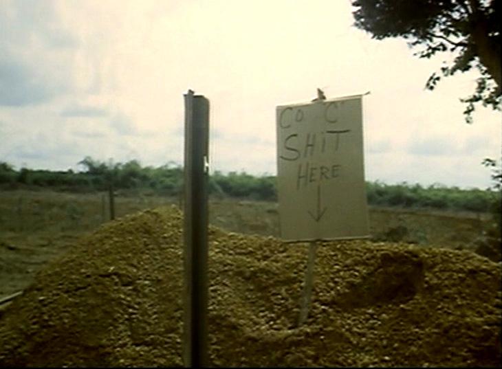'A C század itt sz*rik.' A jelek szerint ez még nem a végleges latrina...