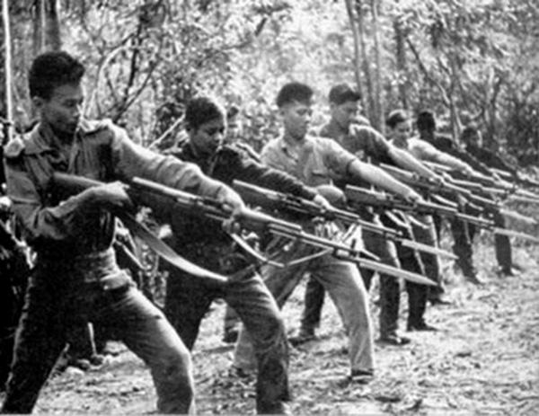 vietcong_bayonet_training.jpg