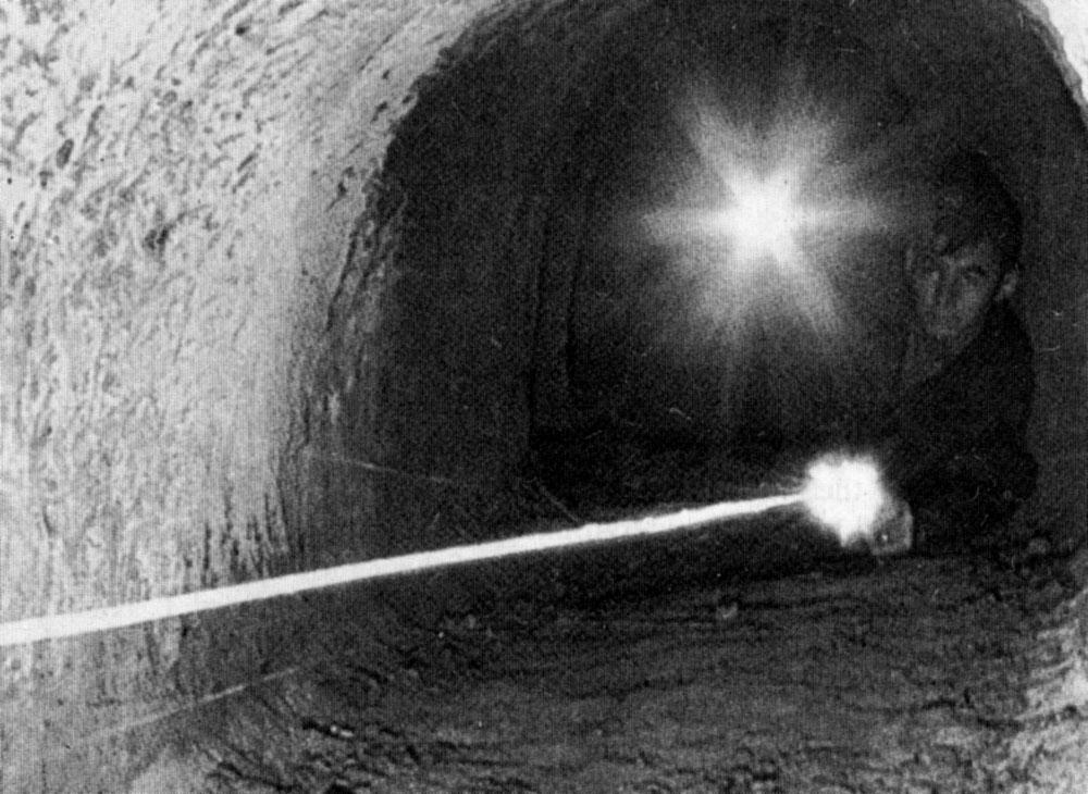 tunnel_rat_firing.jpg