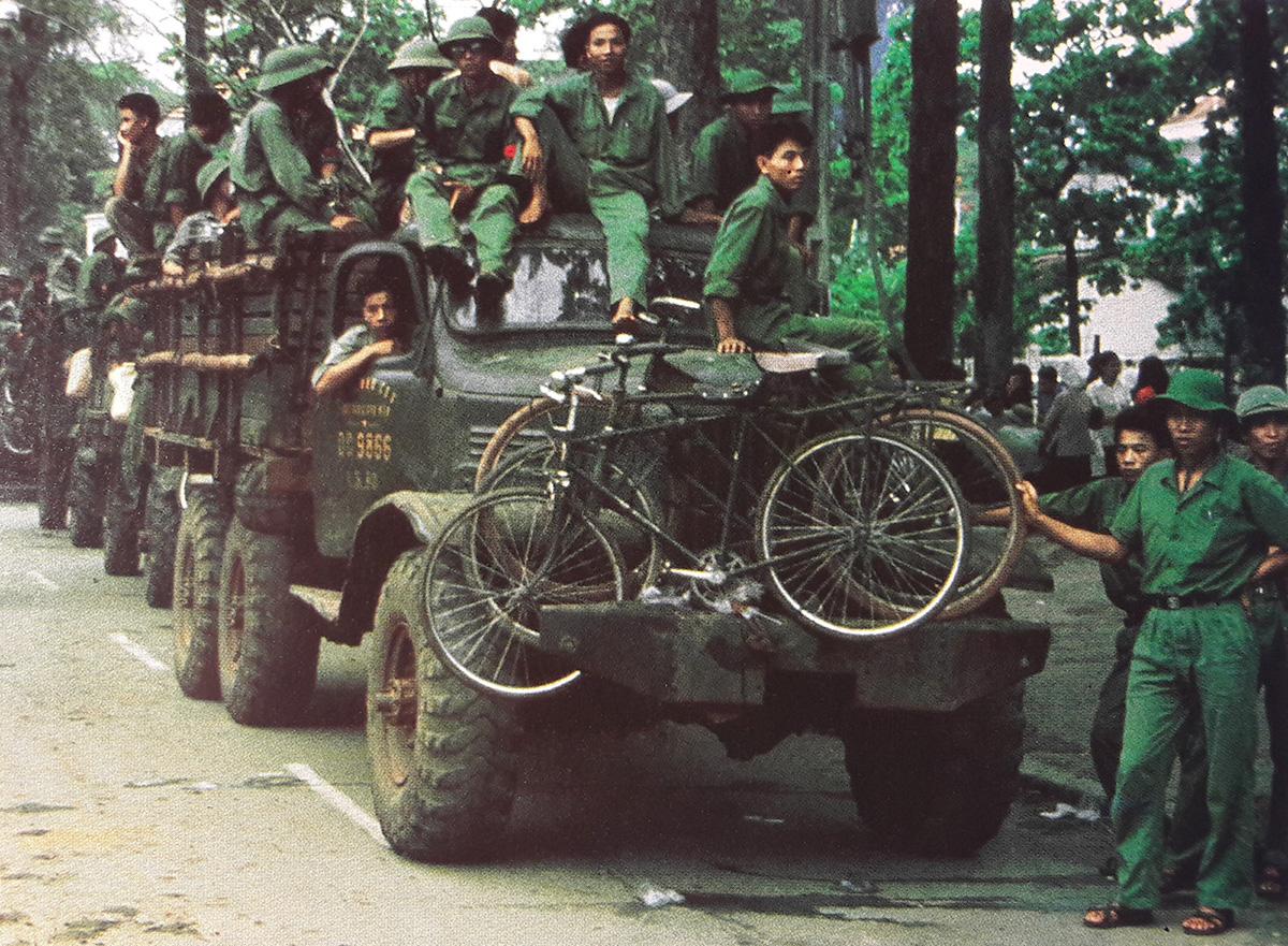 nva_trucks_in_hanoi.jpg