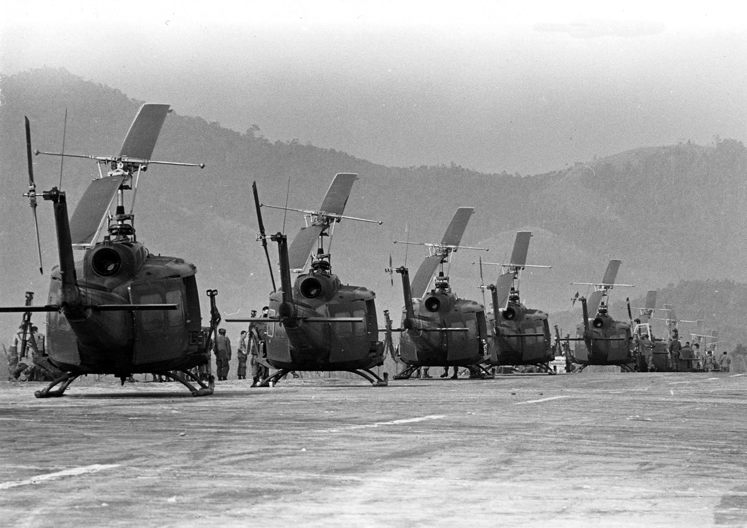 choppers_on_the_tarmac.jpg