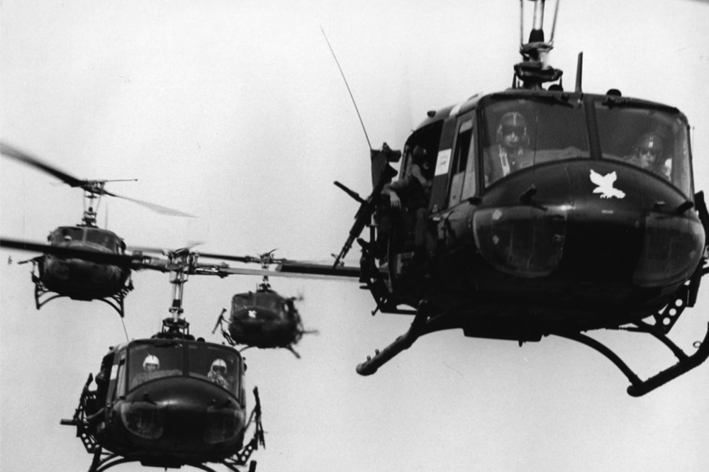 uh-1s_in_flight.jpg