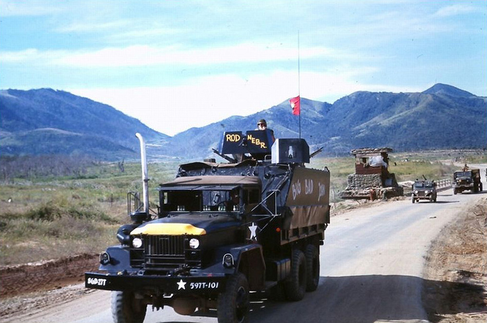 gun_truck_at_checkpoint.jpg