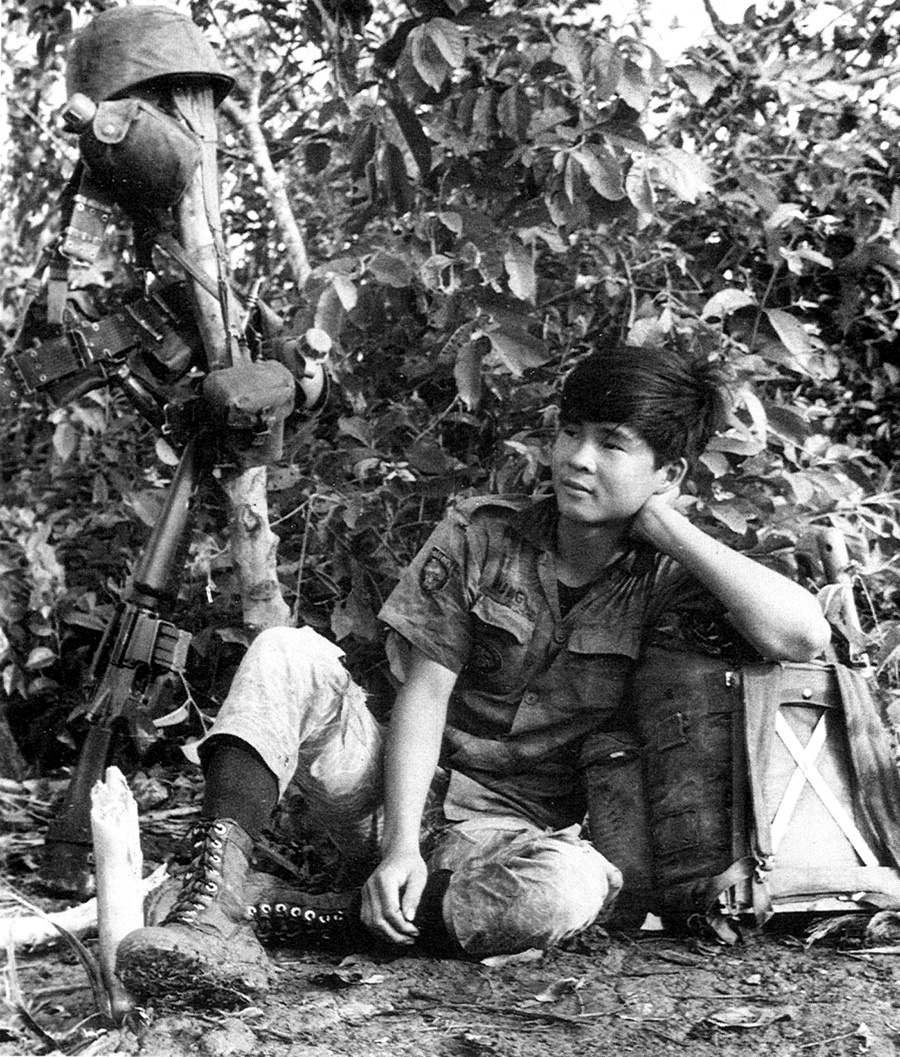 viet_marine_at_rest.jpg