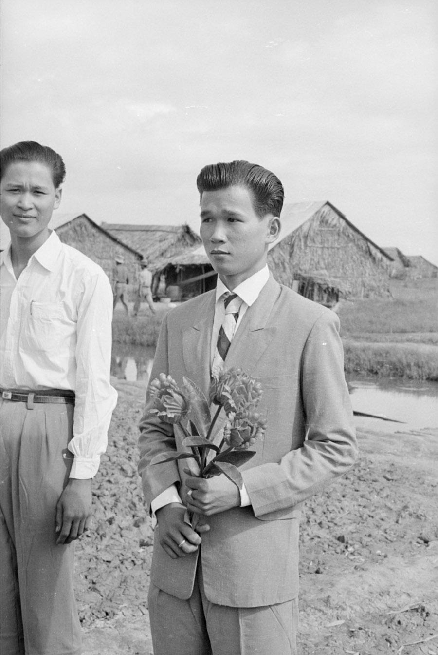 arvn_squad_leader_on_his_wedding_day_binh_hung_1961.jpg