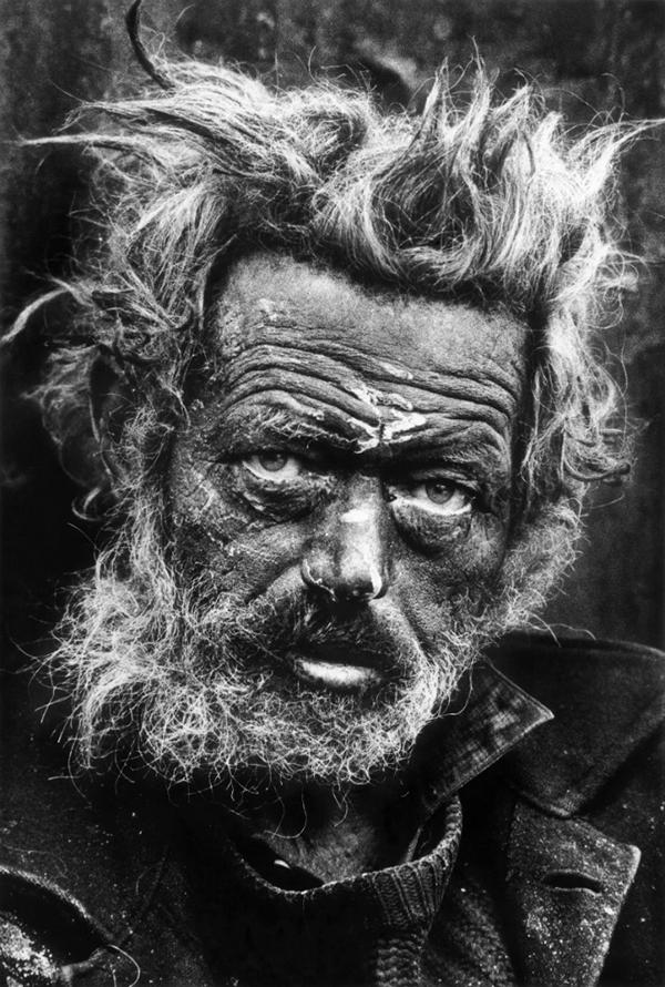 Londoni hajléktalan. McCullint valahogy Neptunra, a tenger istenére emlékeztette.