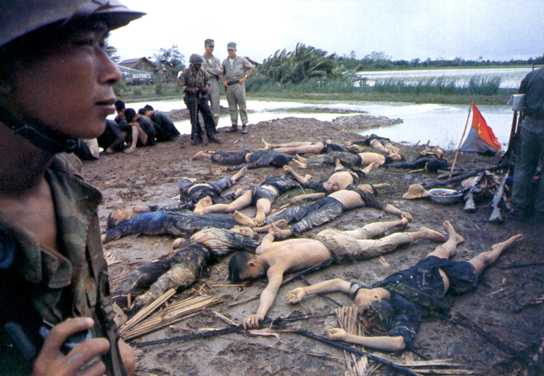 Vietkong gerillák holttestei egy tisztogató akció után