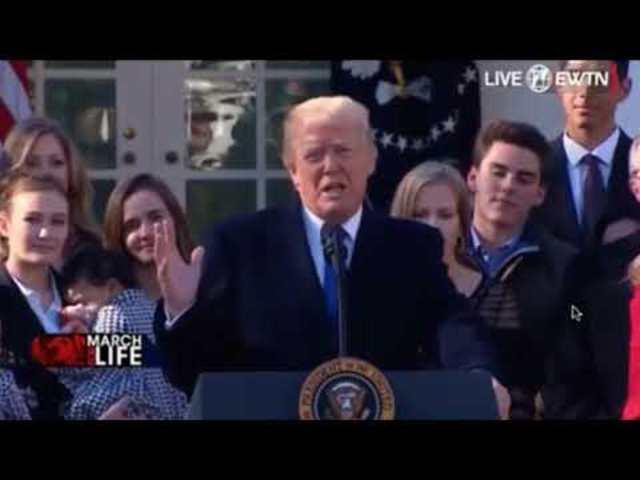 """""""A szeretet életet ment"""" Trump elnök a March for Life életvédő meneten (részlet magyar szinkronnal)"""