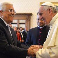 """""""Abbasz a béke angyala"""": Hogy mondhatott ilyet Ferenc pápa?"""