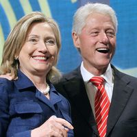 Hogyan gazdagodott meg a Clinton-házaspár?