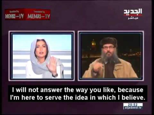 """""""Ezt a műsort én vezetem!"""" - Magyar felirattal a bátor libanoni riporternő"""