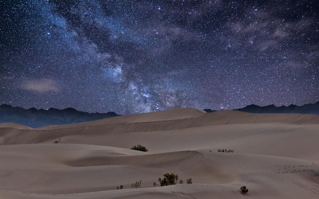 desert_night_sky_by_monkypoo-d52lpy6_1.jpg