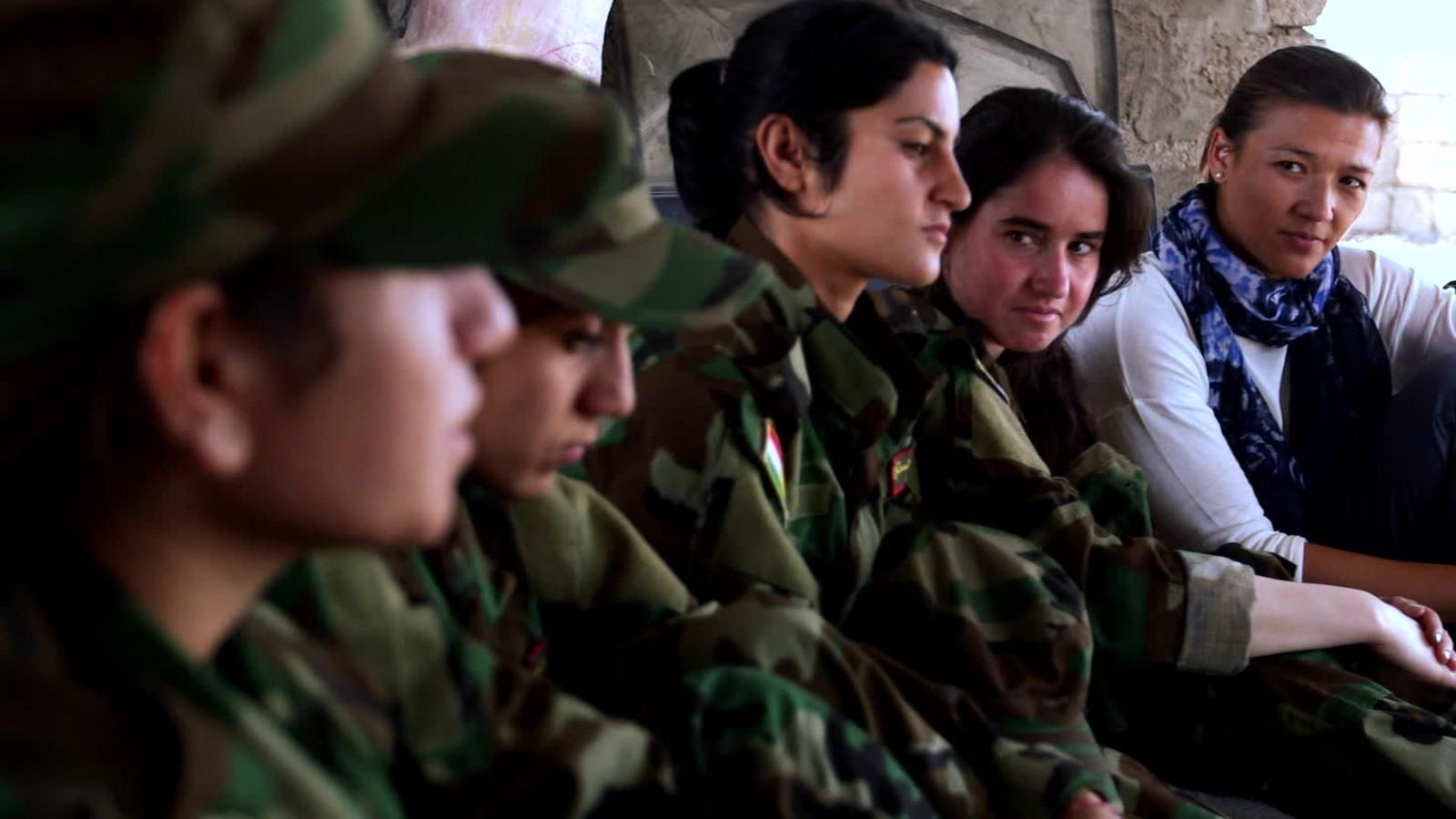 151007121748-xate-shingali-peshmerga-yazidi-isis-pkg-00013830-full-169.jpg