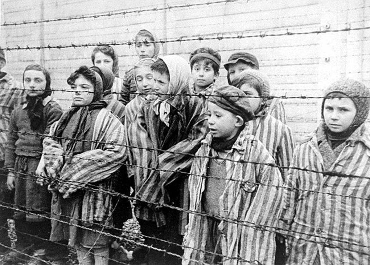 deti-osviencin-koncetracny-tabor-genocida-druha-svetova-vojna-nestandard1.jpg