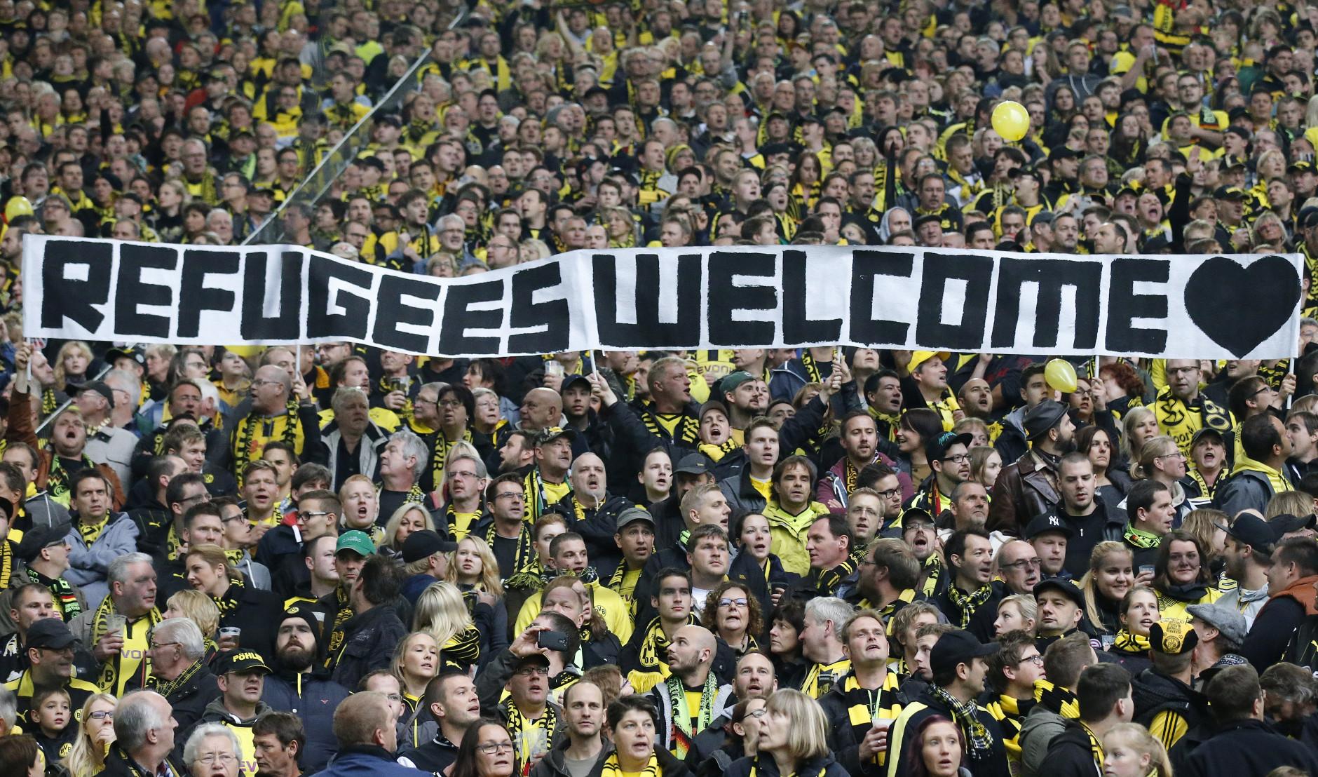 germany-soccer-migrants-1880x1108.jpg
