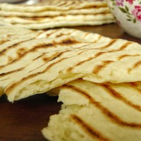 Indiai naan kenyér (laposkenyér) házilag, szupergyorsan