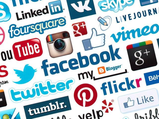 Social media böjt