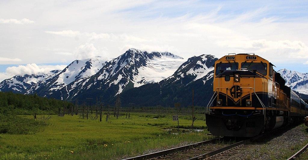Amilyen rövid az alaszkai vasúthálózat, olyan csodás tájakon vezet keresztül. (forrás: Wikipedia)