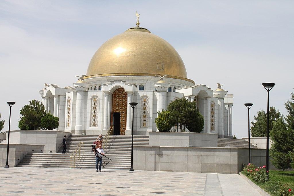 1024px-ashgabat_mosque_img_5671_25506384864.jpg