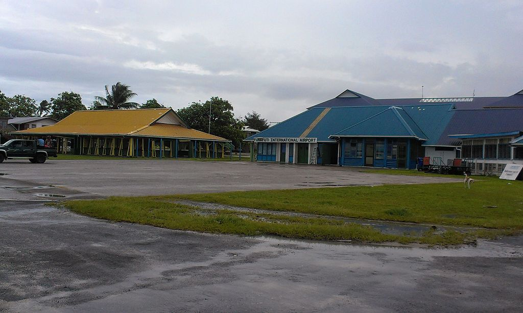 1024px-maneapa_and_airport_in_funafuti_atoll_tuvalu.jpg