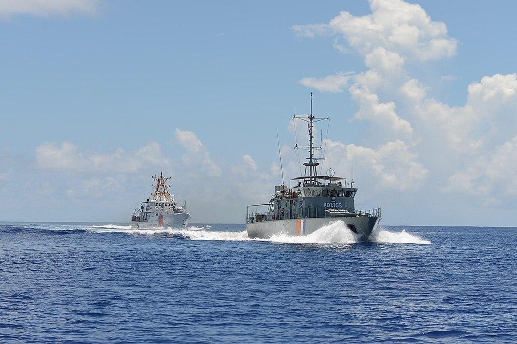 1024px-marshall_islands_police_patrol_vessel_lomor_and_uscgc_oliver_berry_180703-g-ca140-115.jpg