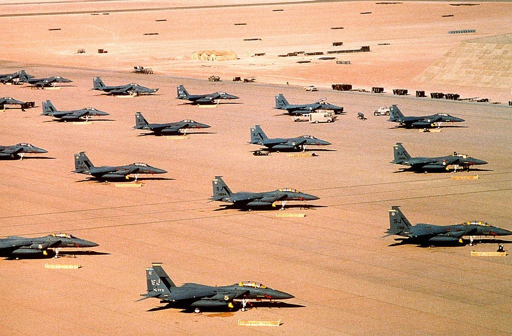 1024px-multiple_f-15e_parked_during_operation_desert_shield.jpg