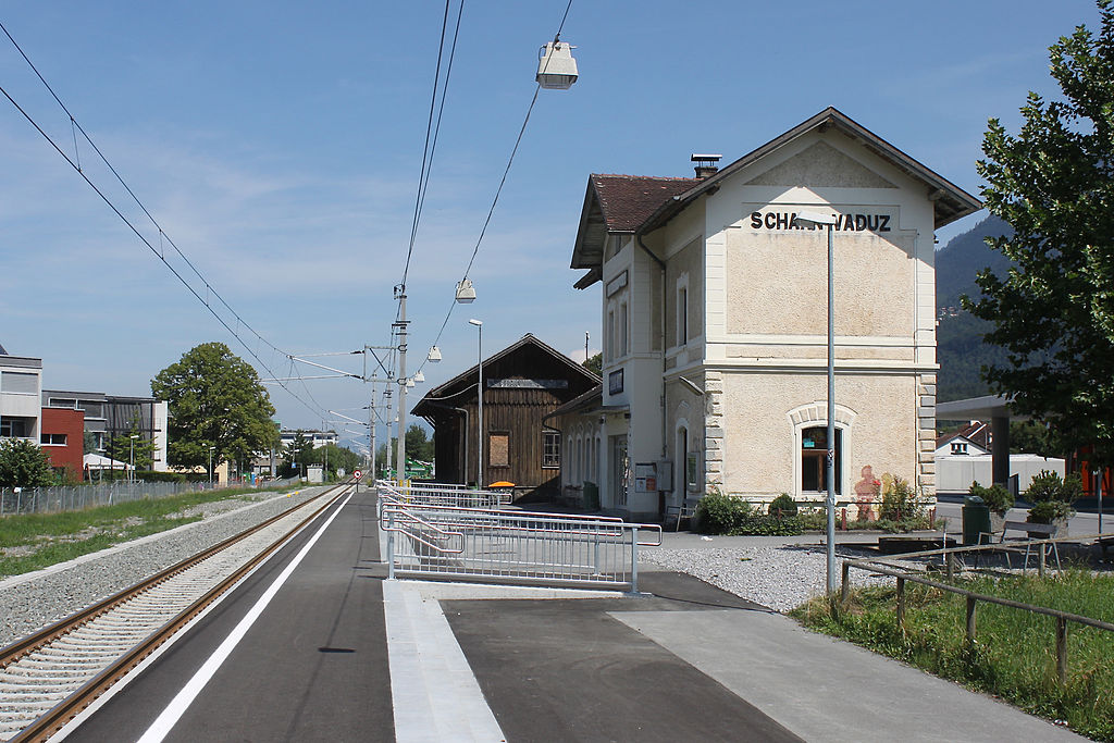 1024px-schaan-vaduz_station.jpg