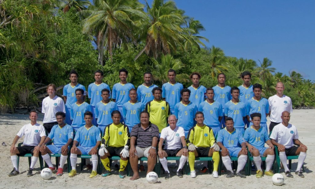 1024px-tuvalu_national_football_team_team_picture_2011.jpg