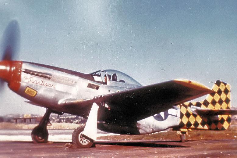 325fightergroup-p-51-1945.jpg