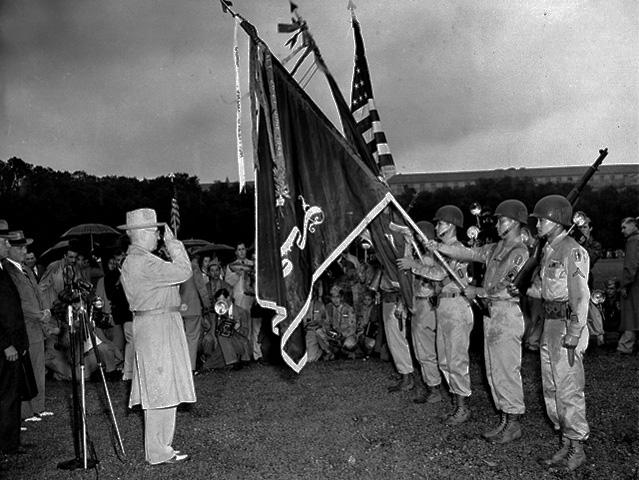 442nd_infantry_receives_7th_presidential_unit_citation_1946-07-15_2.jpg