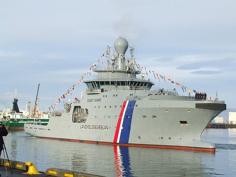 800px-2_arrival_of_thor_icelandic_coast_guard_2011-10-27_reykjavik_2.jpg