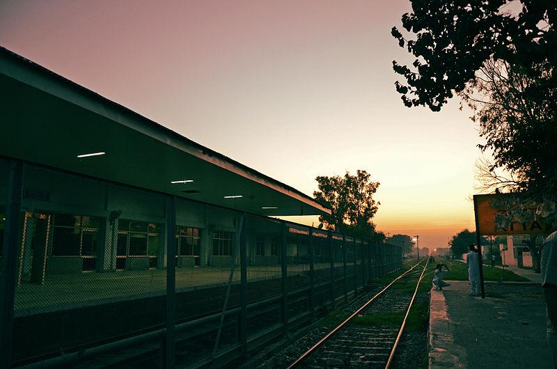 800px-attari_railway_station.jpg