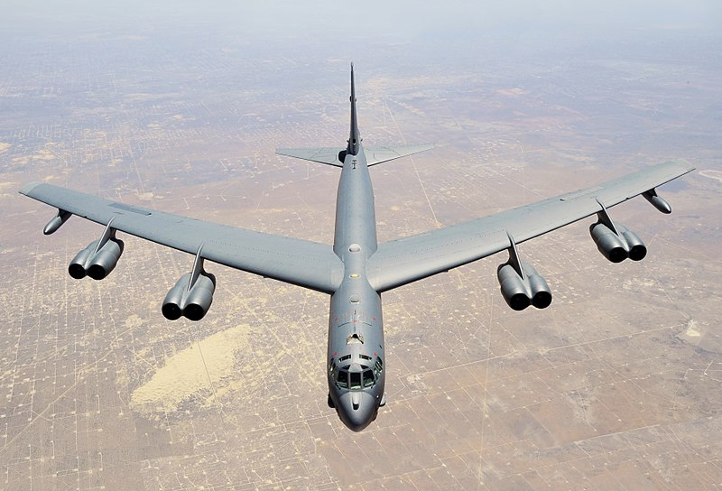 800px-b-52_stratofortress_assigned_to_the_307th_bomb_wing_cropped.jpg