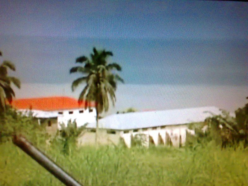 800px-black_beach_prison_malabo_bioko_equatorial_guinea_2008.jpg
