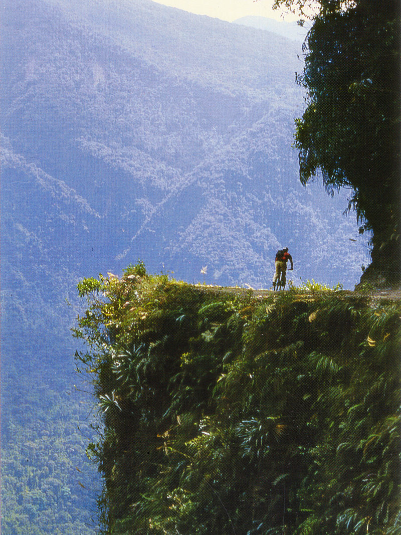 800px-bolivia_the_worlds_most_dangerous_road.jpg