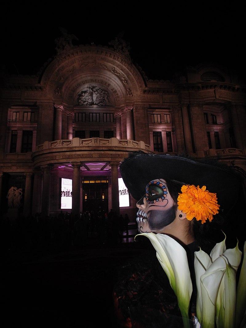 800px-dia_de_muertos_en_la_ciudad_de_mexico.jpg