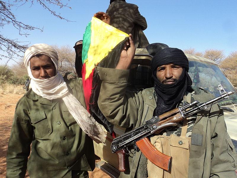 800px-le_mali_confronte_aux_sanctions_et_lavancee_des_rebelles_islamistes_6904946068.jpg