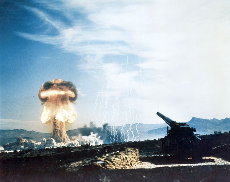 800px-nuclear_artillery_test_grable_event_part_of_operation_upshot-knothole.jpg