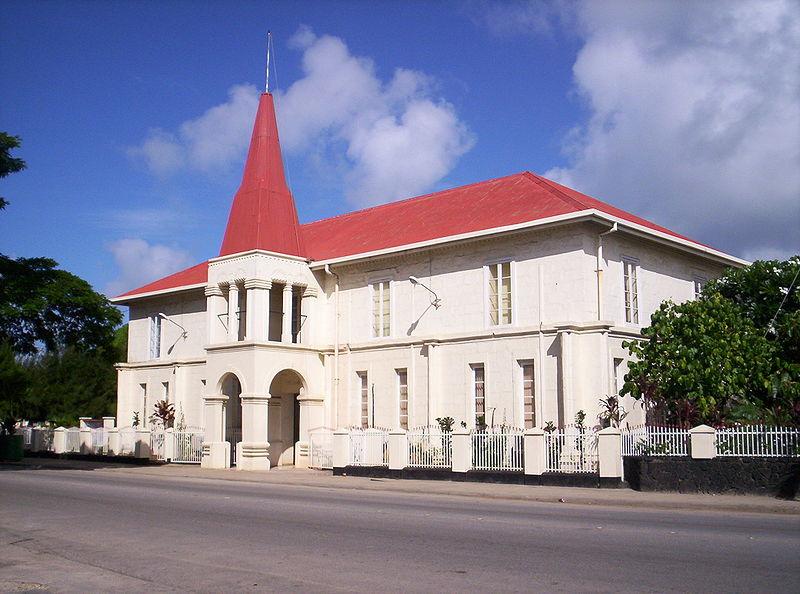 800px-parliament_nuku_alofa.jpg