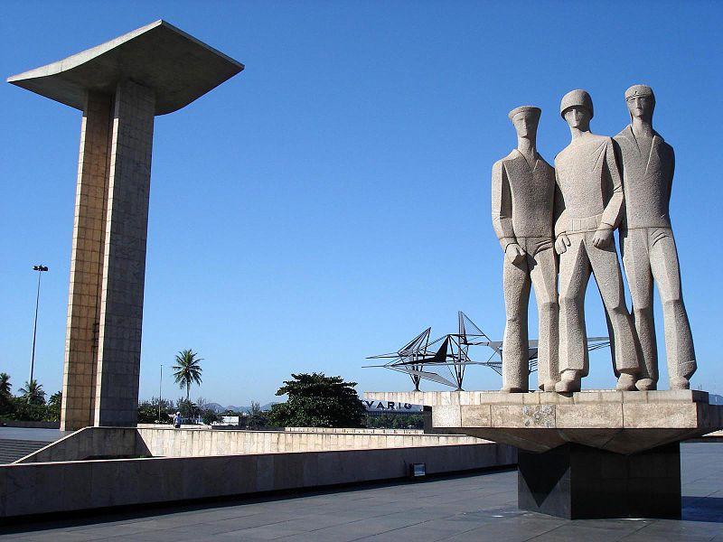 A 2. világháború brazil áldozatainak emlékműve - Rio de Janeiro (forrás: Wikipedia)