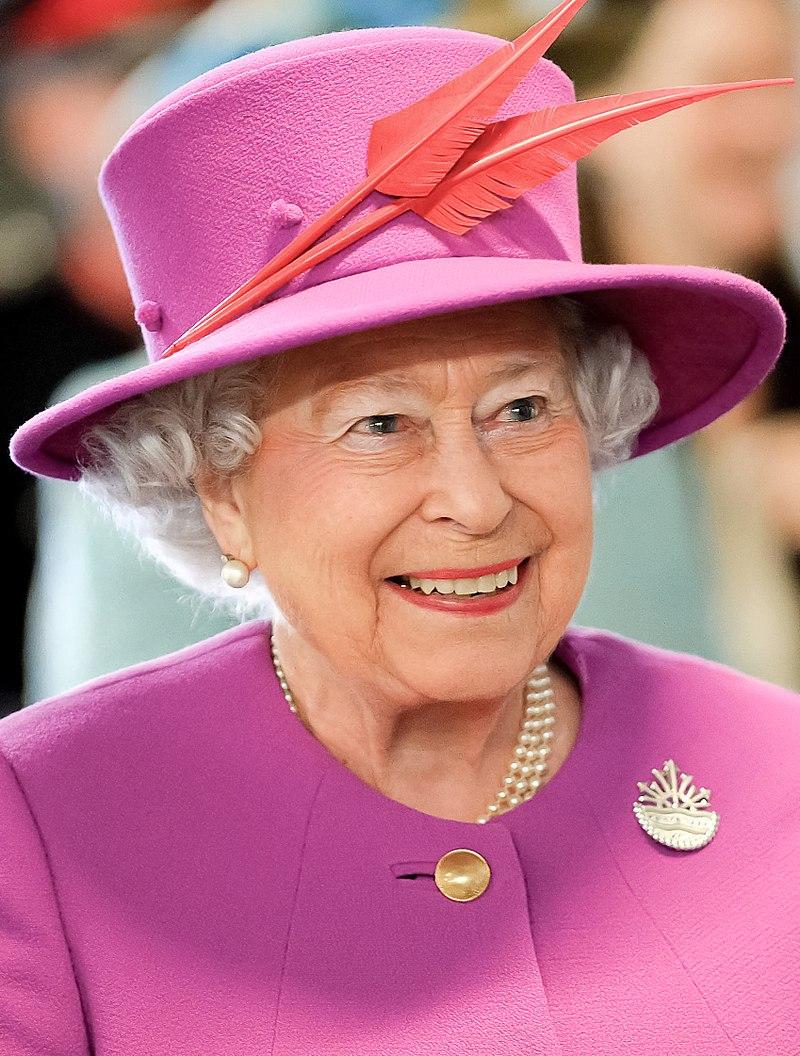 800px-queen_elizabeth_ii_in_march_2015.jpg