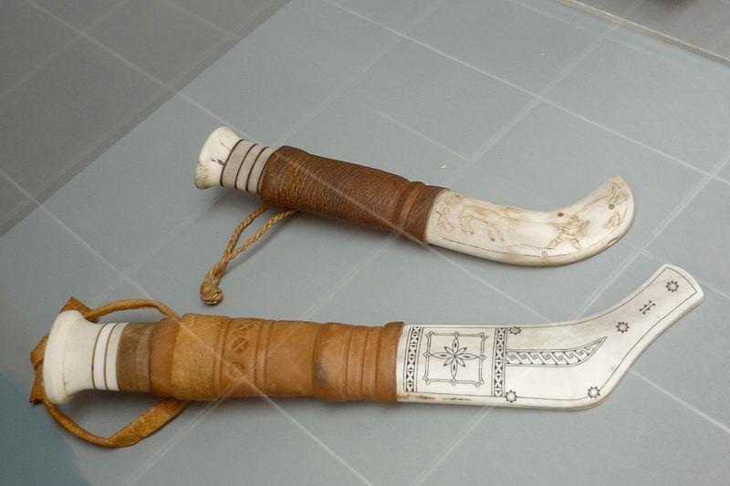 800px-sami_knives_arctic_museum.jpg
