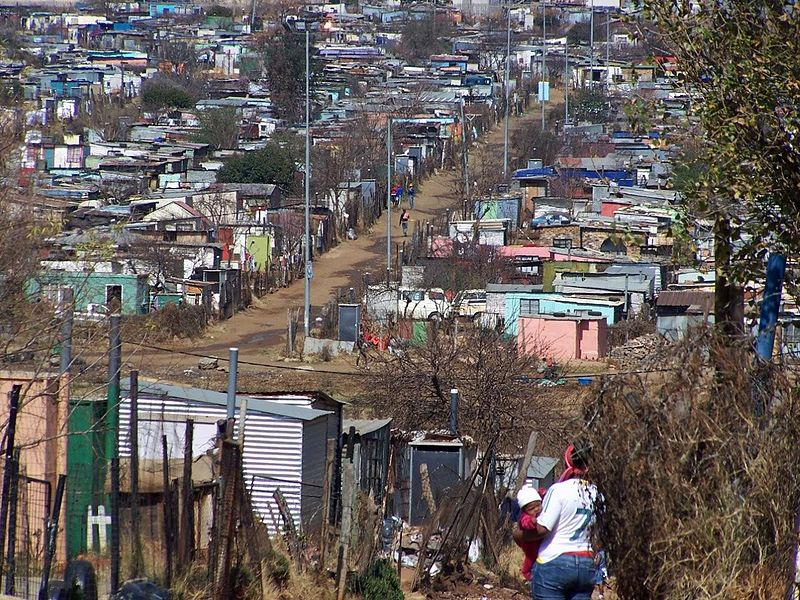 800px-soweto_housing_johannesburg.jpg