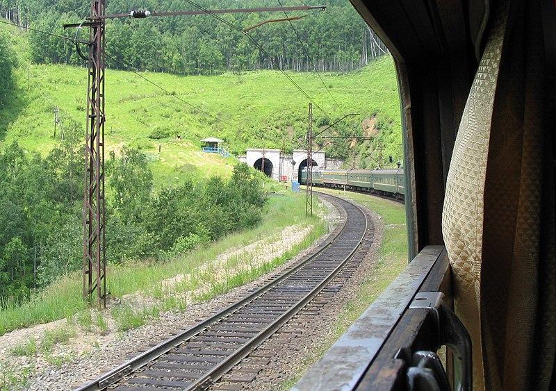 800px-trans-siberian_tunnel.jpg