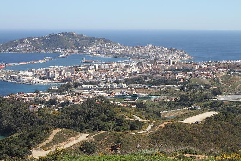 800px-vista_de_ceuta_y_la_peninsula_de_almina_desde_el_mirador_de_isabel_ii.jpg