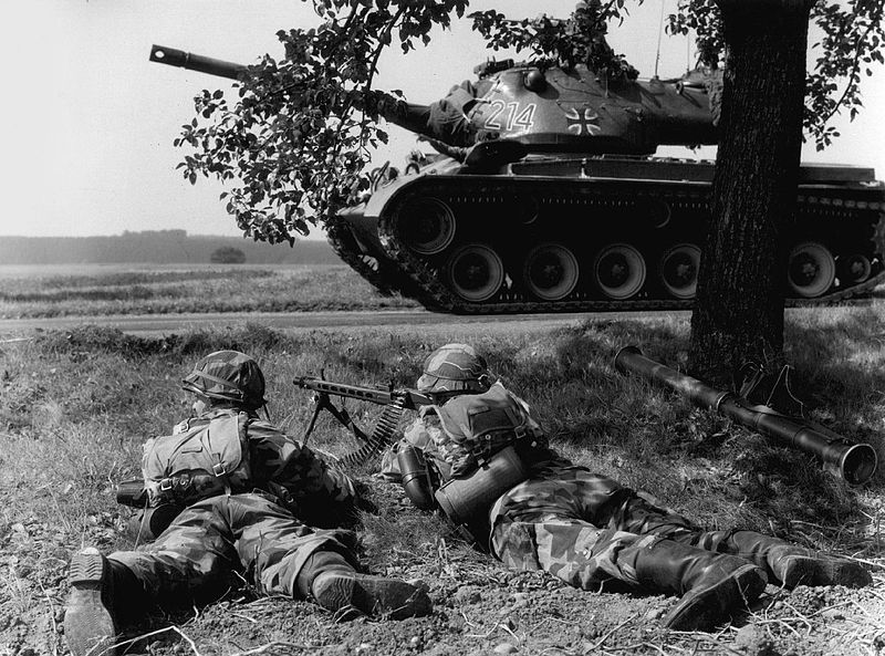 800px-west_german_bundeswehr_1960.jpg